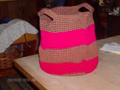 crocheted basket 002